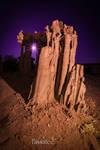 Mono pedestal by tassanee
