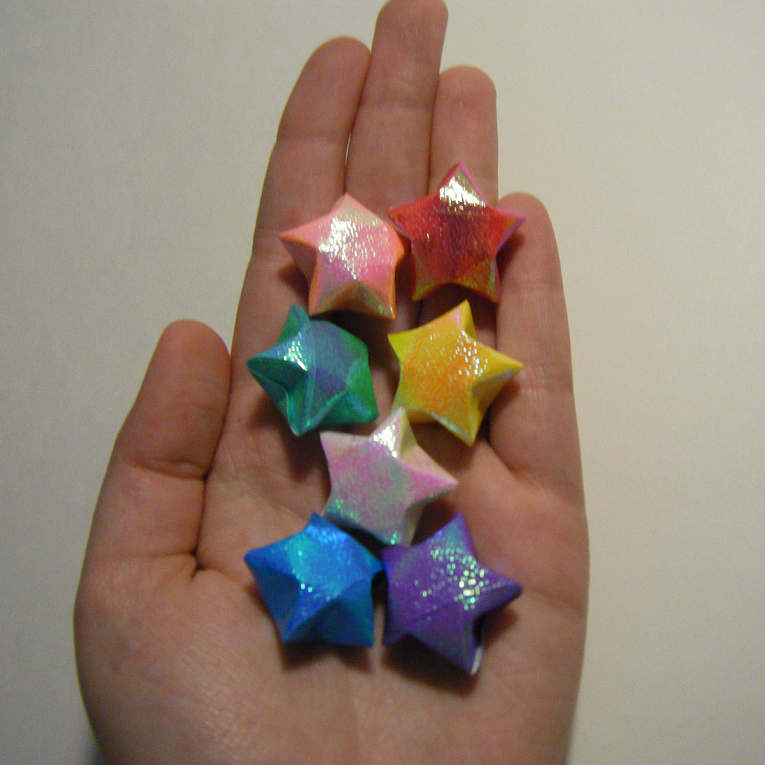 How to make origami lucky stars the for How to make a big paper star