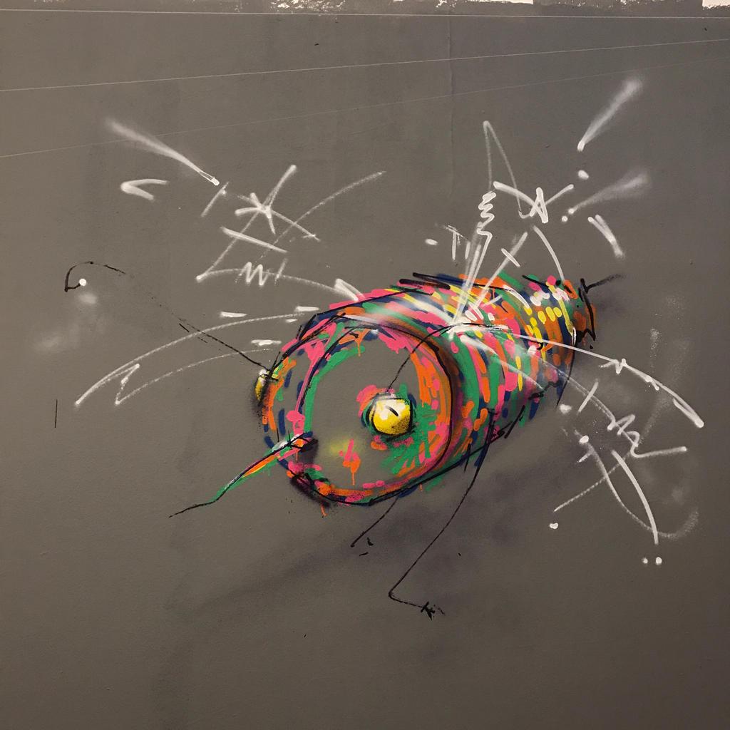 bee by feik-graffiti