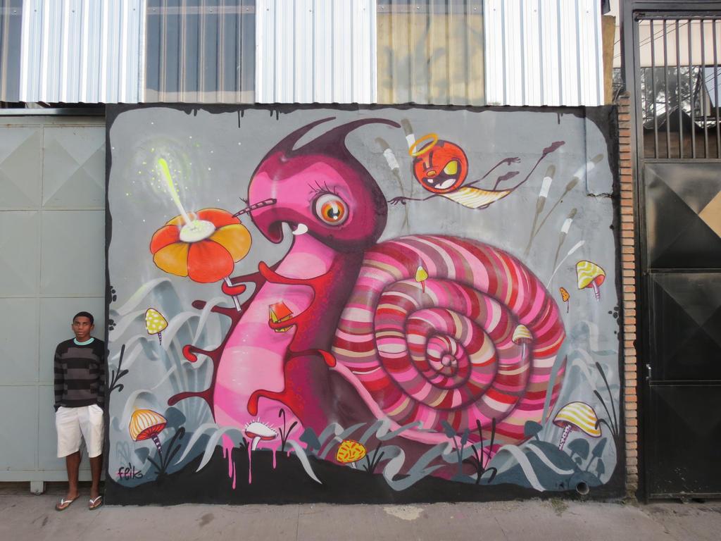 Caramujo by feik-graffiti