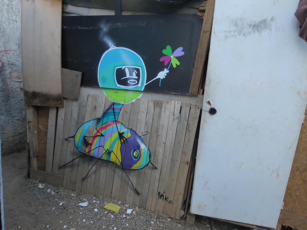 inseto e o pirulito by feik-graffiti