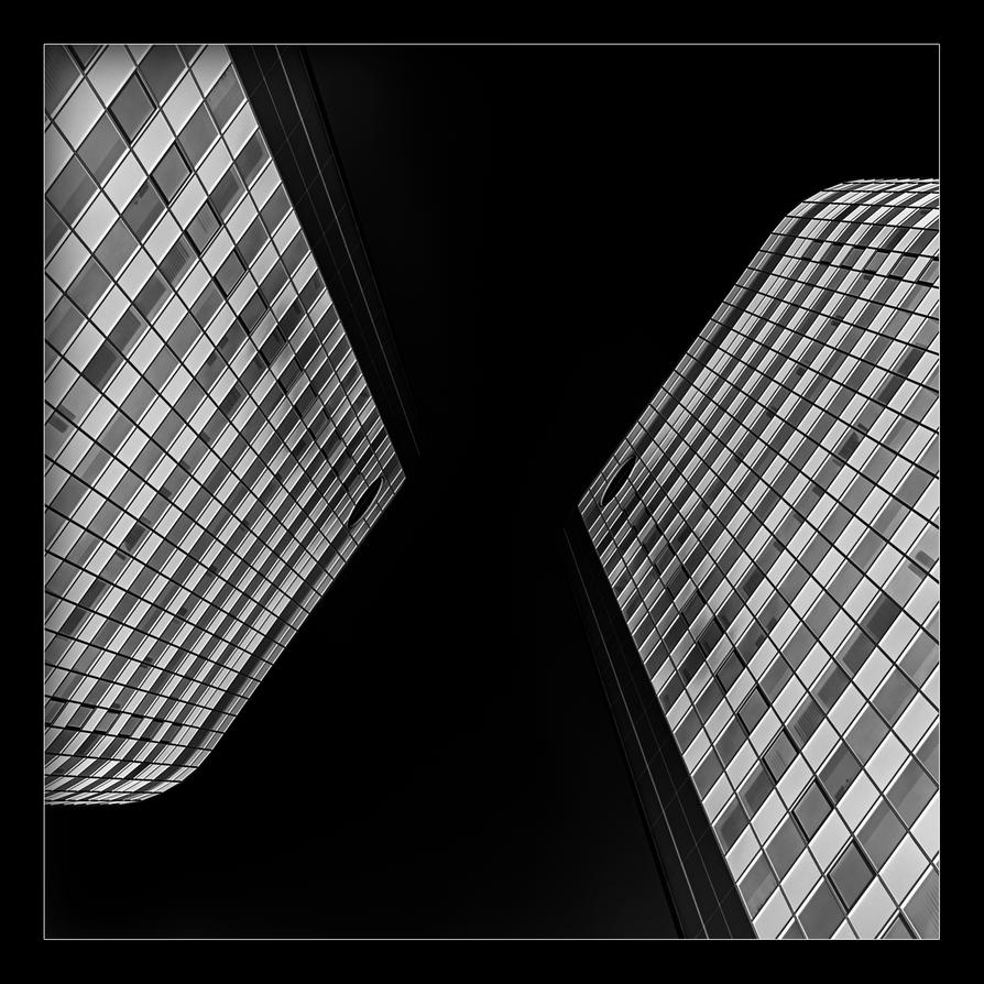 x by mARTinimal