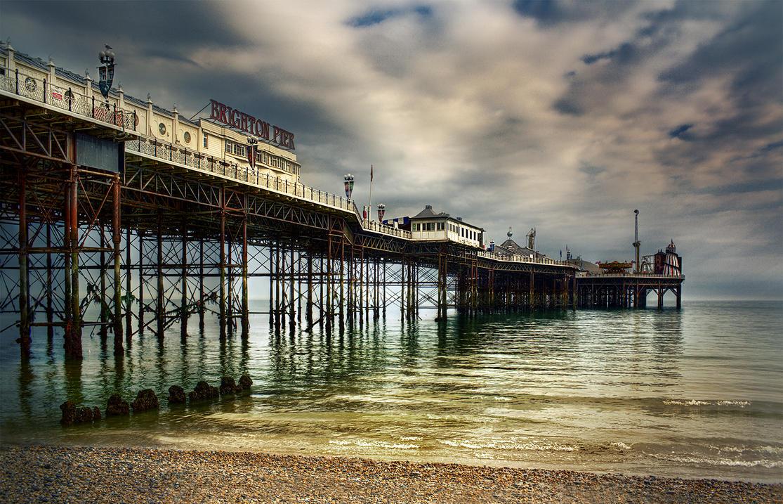 Brighton Pier by fbuk