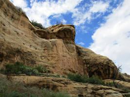 The Cliff by yoomyu