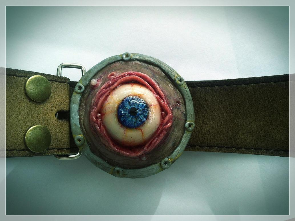 Custom Eyeball Belt Buckle by MorgansMutations