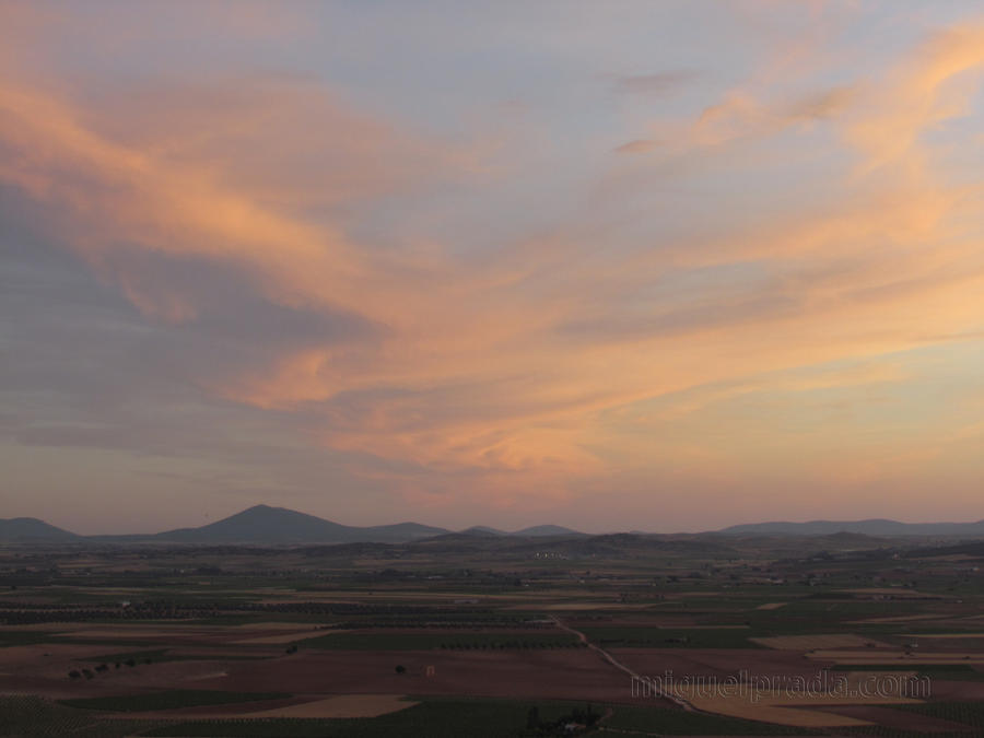 Sunset in Consuegra by mprada69