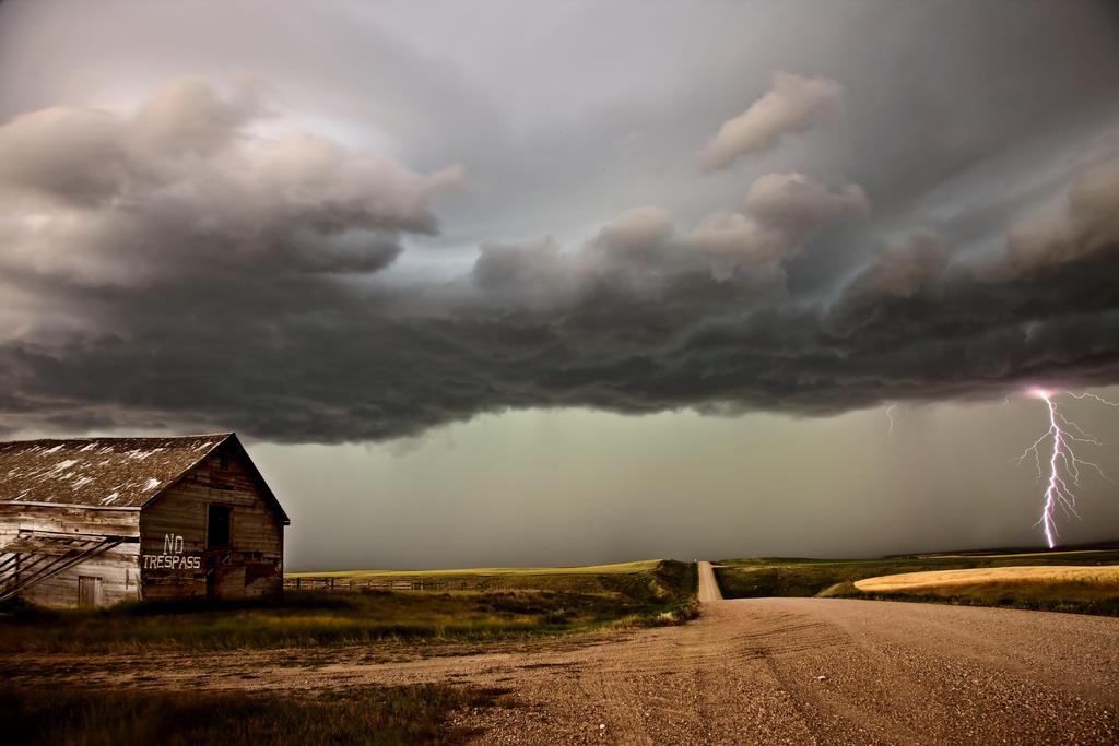 Saskatchewan Storm by pictureguy