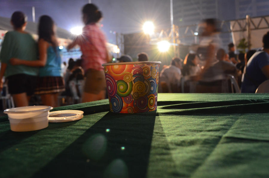 cup in the night by saberYUKI