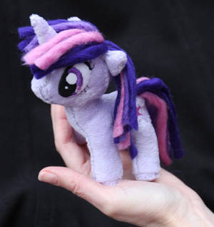 Tiny Twilight Sparkle