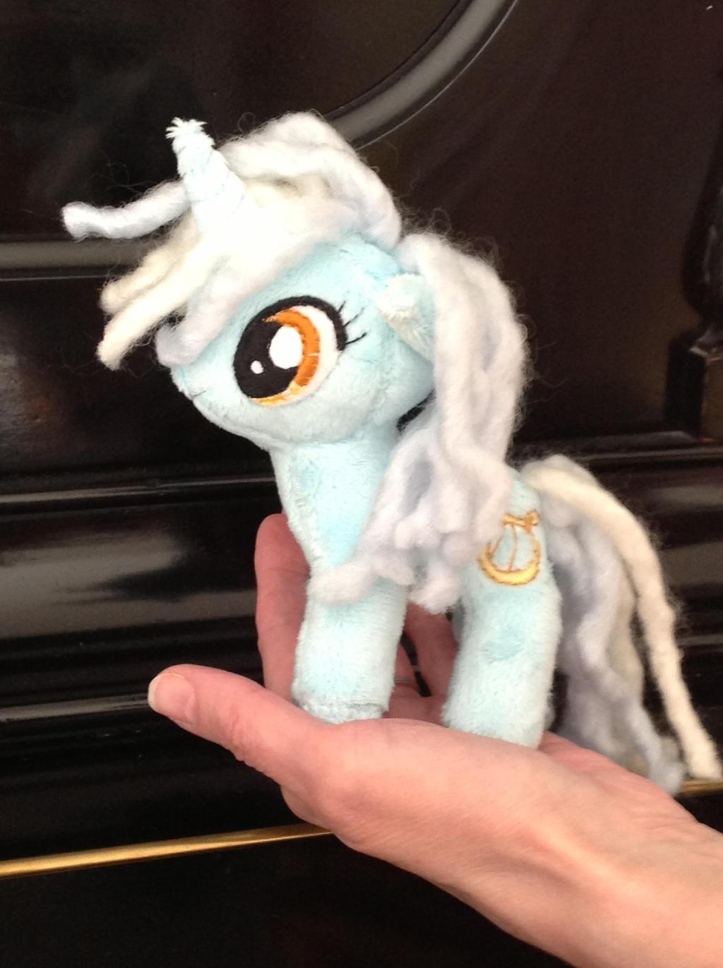 Little Lyra