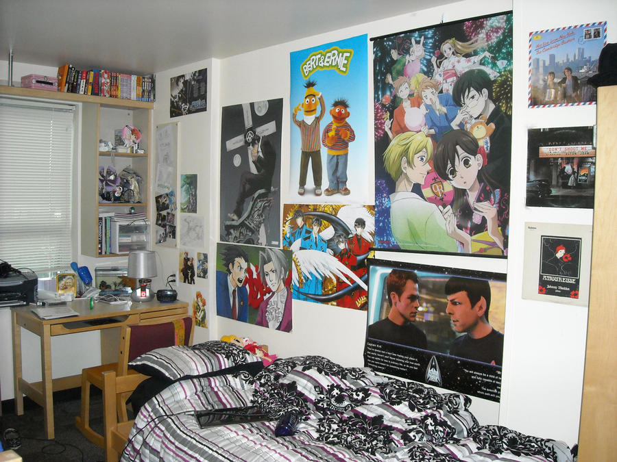 Dorm room a la otaku