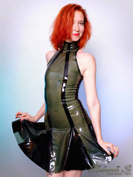 Mademoiselle Ilo - Berlingo latex dress - Model Ma