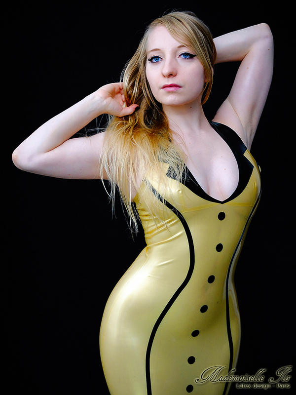 Mademoiselle Ilo - Maggie latex dress - Model Jad  by Mademoiselle-Ilo