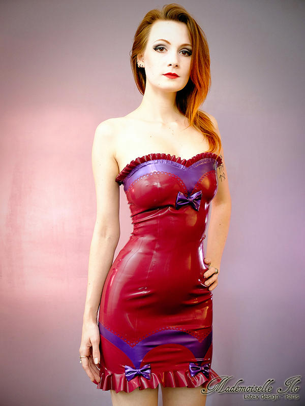 Mademoiselle Ilo - Betty latex dress - Model Comte by Mademoiselle-Ilo