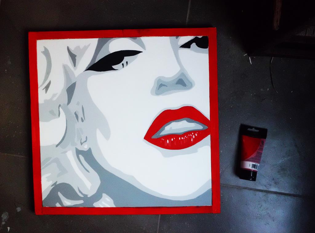 Marilyn Monroe by DiaAri