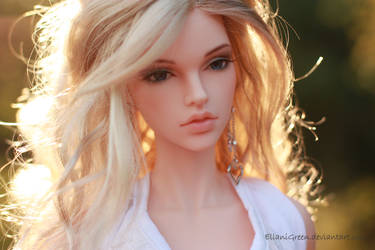Sunshine by EllaniGreen