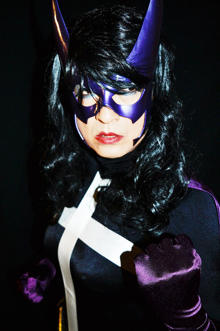 Huntress Cosplay - Meanwhile somewhere in Gotham by ozbattlechick
