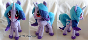 Izzy Moonbow 2: Unicorn Boogaloo Plush