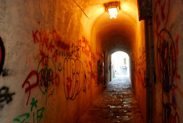 Salerno Alleyways by JessChateauneuf