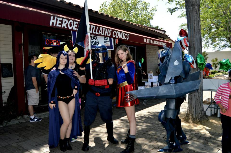 Soundwave Cosplay at Heroes and Villians by Xemnass