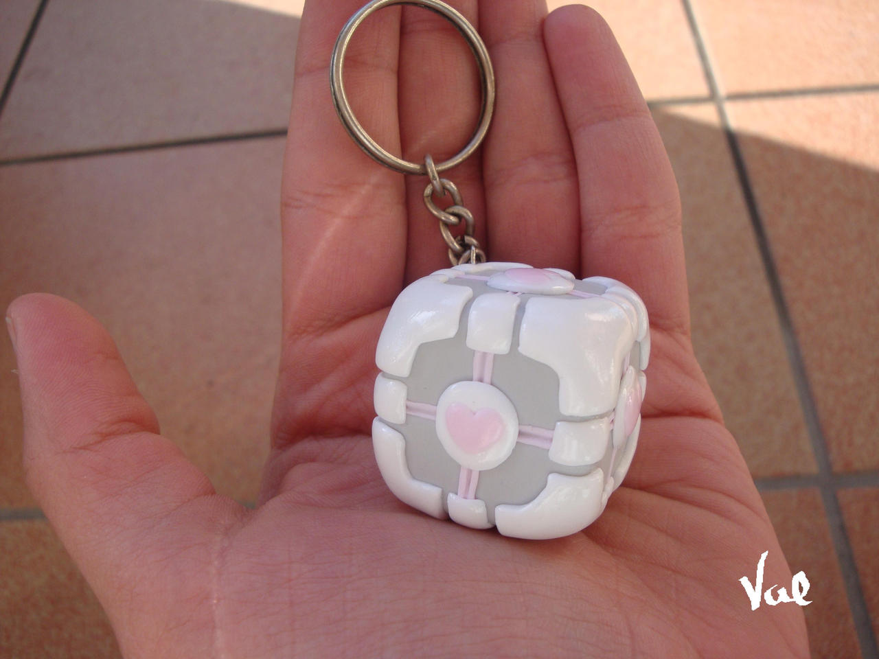 Weighted companion cube by Valkyrie-21