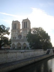 Awakening of Notre-Dame by Valkyrie-21