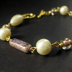 Amanda - Beaded Bracelet by Gilliauna