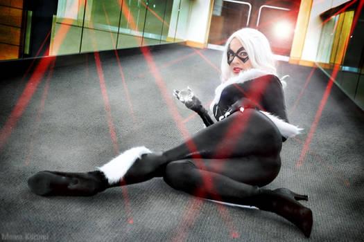 Black Cat: Pound the Alarm by MomoKurumi