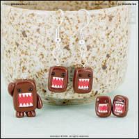 Domo-Kun Charm + Earrings Set by junosama