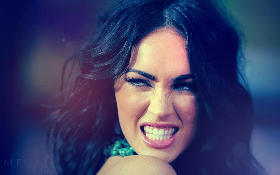 Megan Fox wallpaper 1 by kamysweet