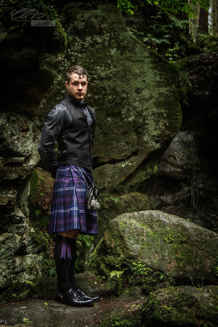 impressed.highland.dressed by creativeIntoxication