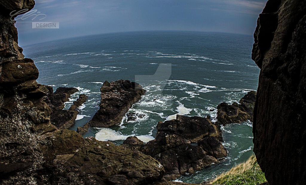 scottish.cliffs by creativeIntoxication