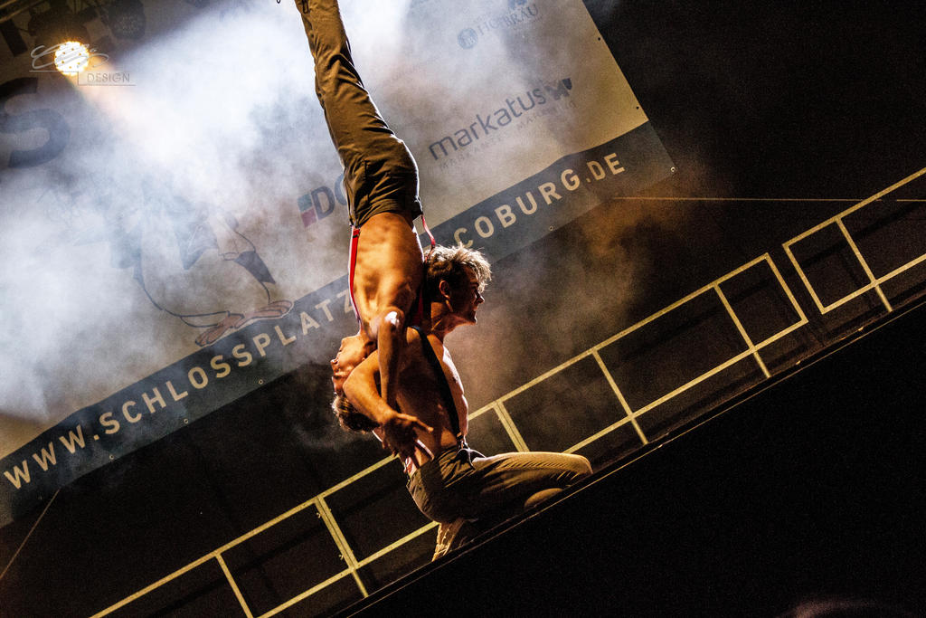 jim.and.john...handstand.acrobatics by creativeIntoxication