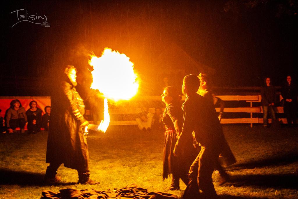 flaming.burst by creativeIntoxication