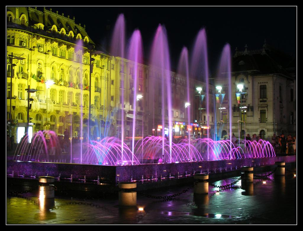 Craiova Fountain by alb-albastru
