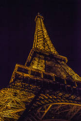 Eiffle Tower from below at night