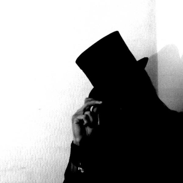madhatter says hello... by zero-scarecrow13