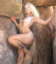 Cave Girl by Fathergatto