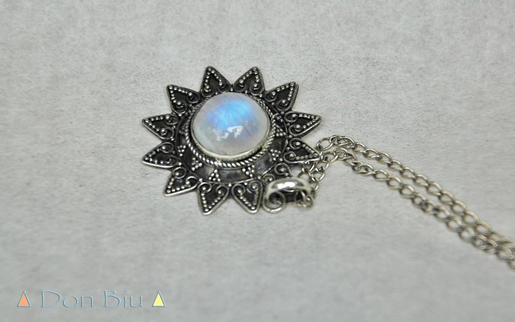 Large rainbow moonstone necklace statement neckla by donbiu on large rainbow moonstone necklace statement neckla by donbiu mozeypictures Images