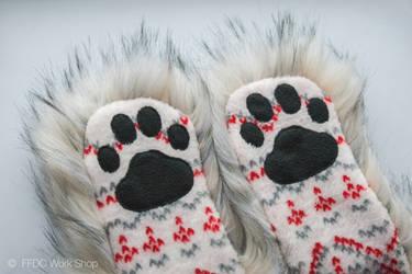 Animalhood husky, paw details by FreemanFDC
