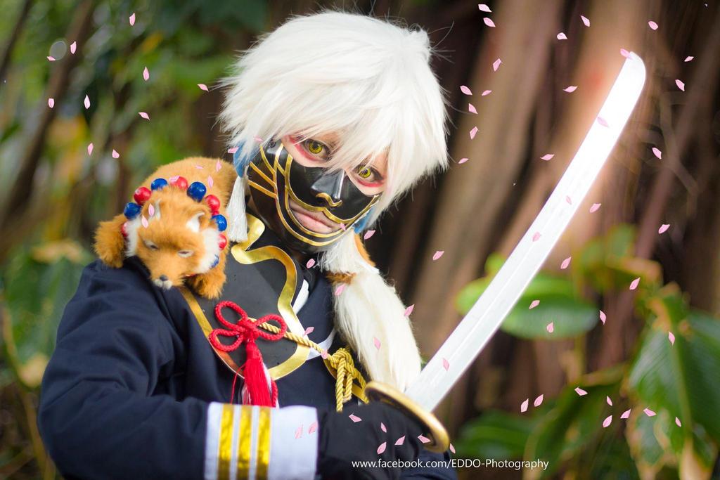 Nakigitsune_cosplay_by_akitoshion by shionwanijima