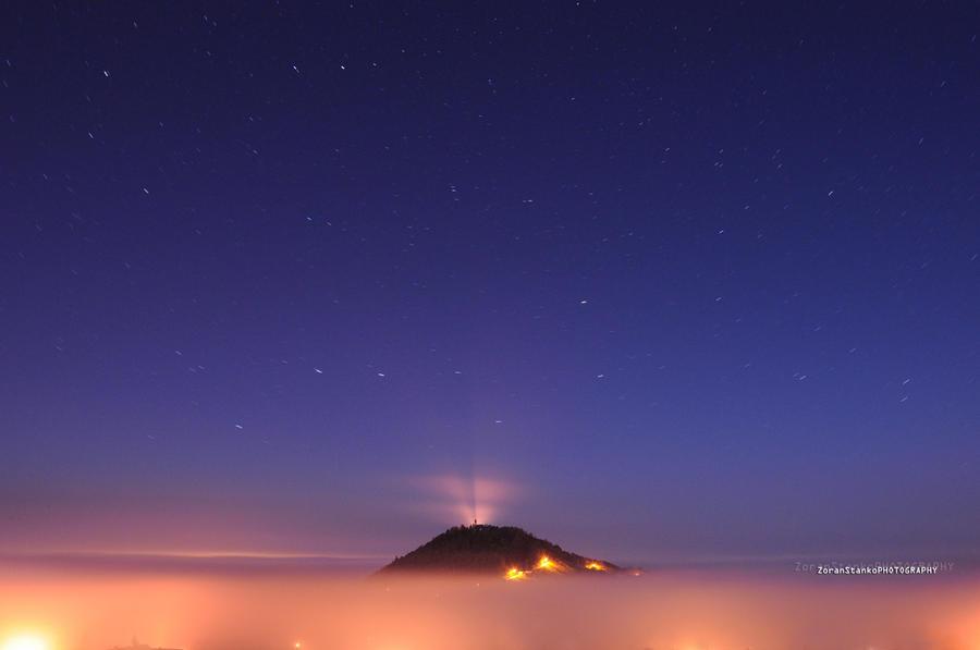 Island in the sky by Swen11