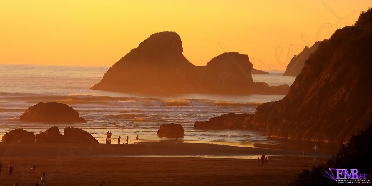 Moonstone Sunset by TreeClimber