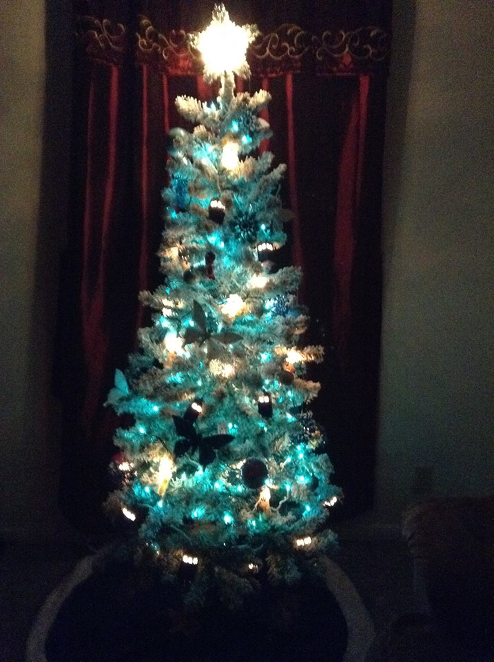 Christmas tree 2014 with lights off by ChibiMisfit