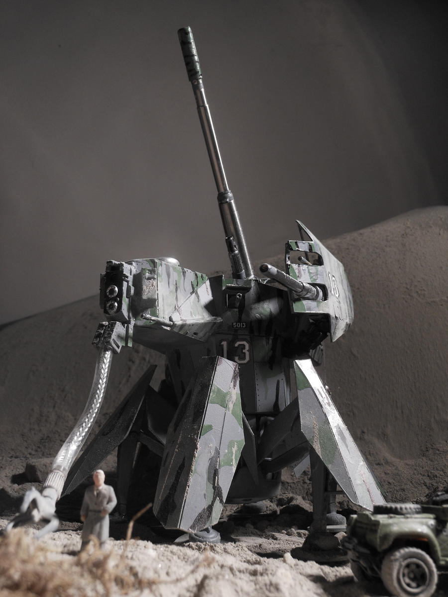 heavy artillery walker radio controled model + vid by scifieart10000