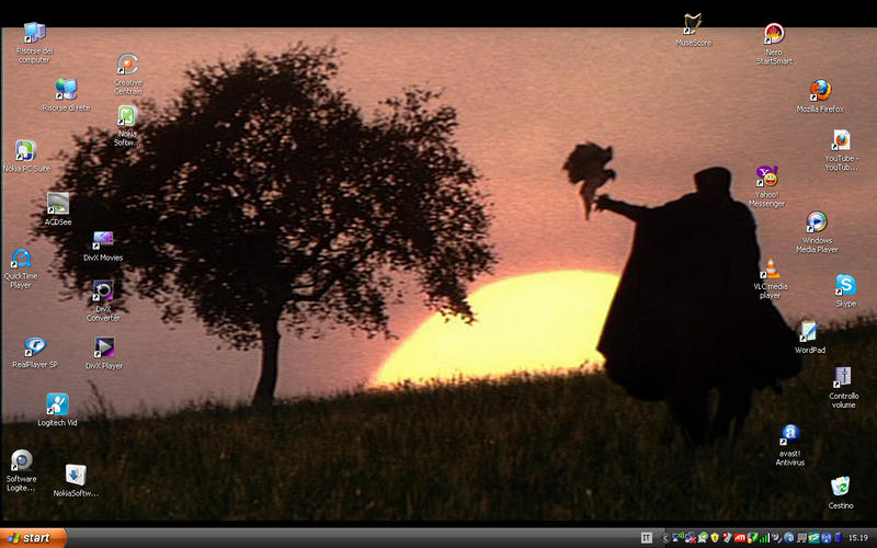 Current LadyHawke Desktop by LyLyL
