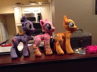 Pony parade by Littlestplushoppe