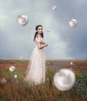 Pearl by Eva-Milan