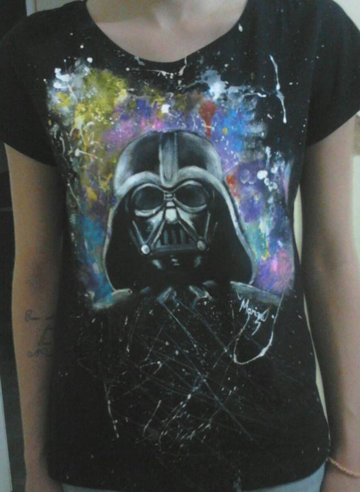 Darth Vader - T-shirt by marinadeoliveira