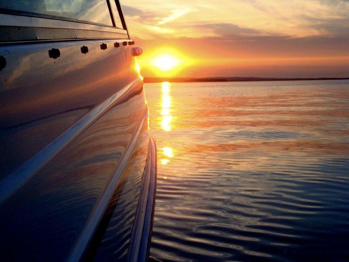 Zalazak sunca-Nebo - Page 2 Reflection_2_by_itskristenbtw